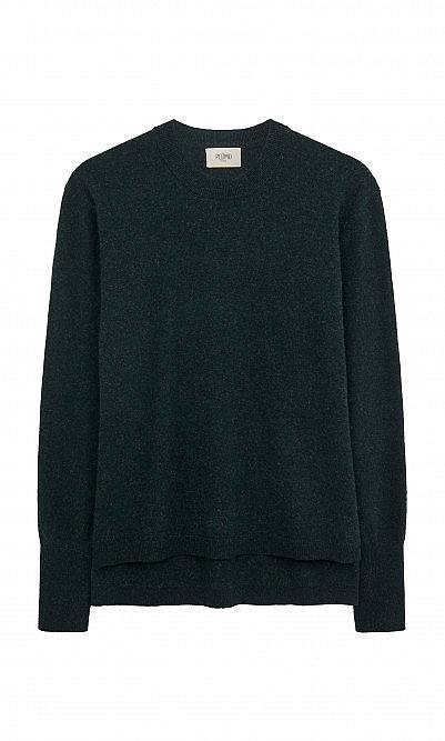 Black pine jumper