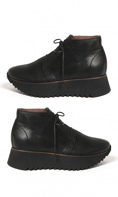 Nero boots