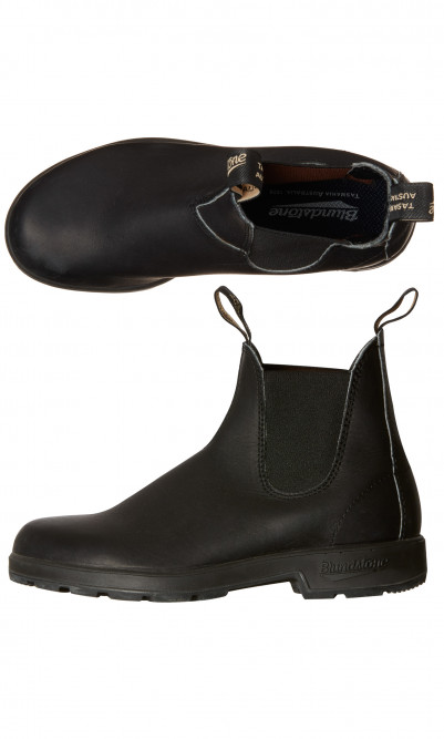 Black Blundstone boots
