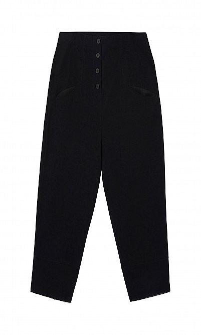 Pantalone with pockets
