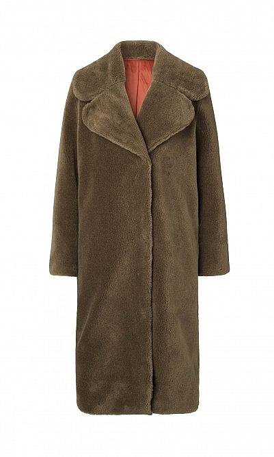 Goya coat