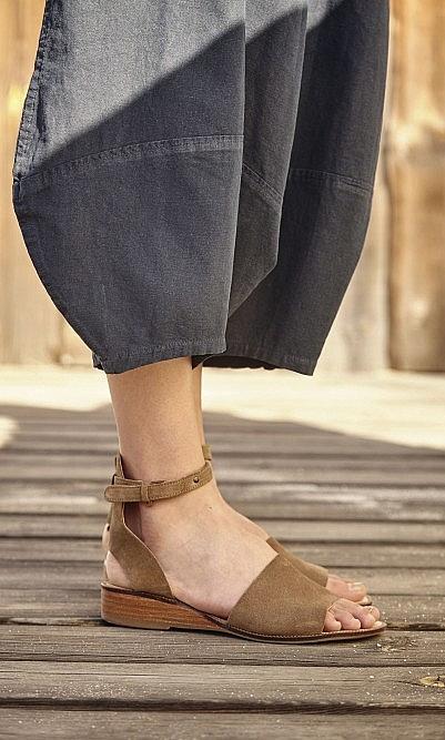 Fifi suede sandals