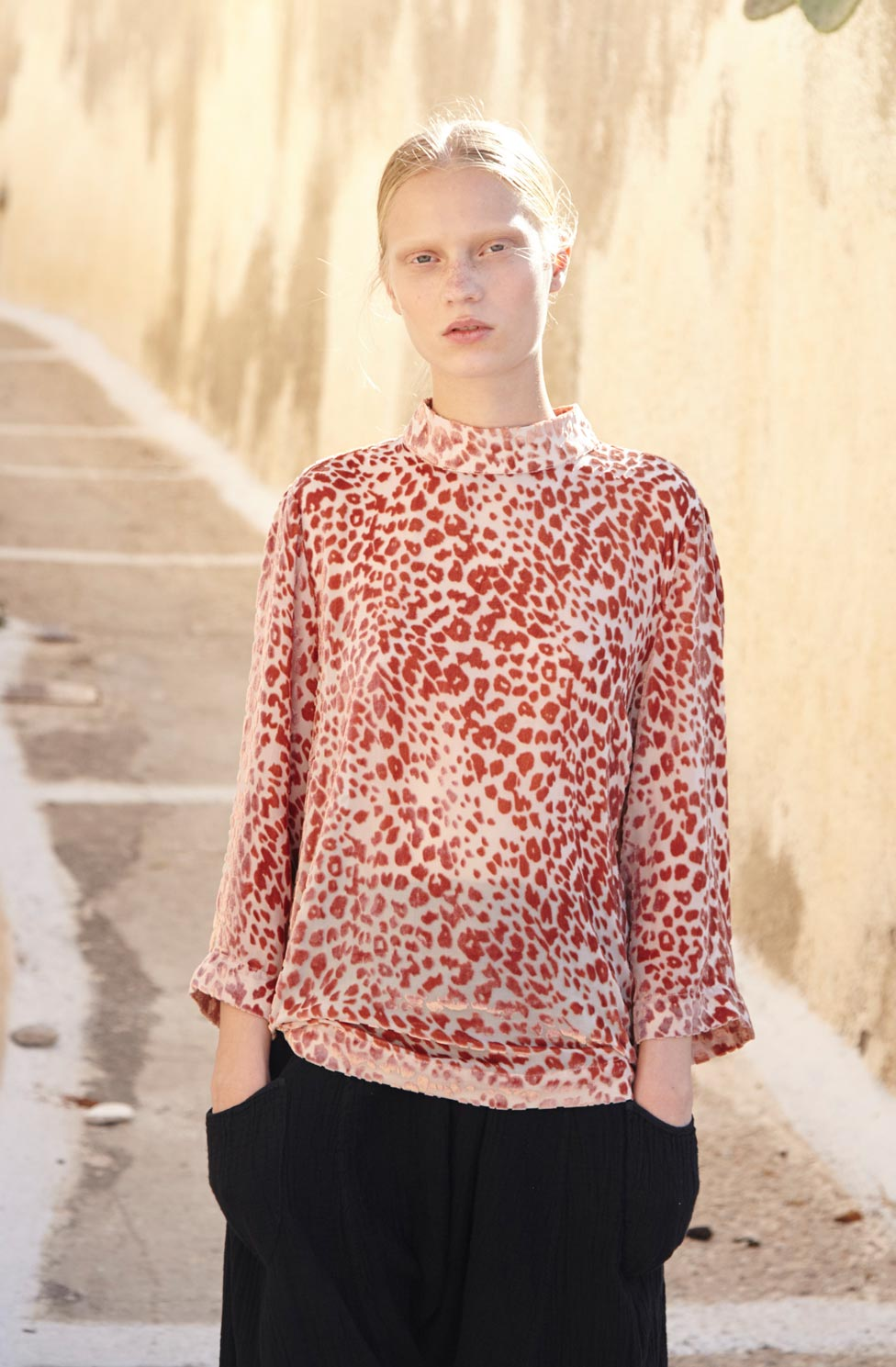 tops-blouses.jpg